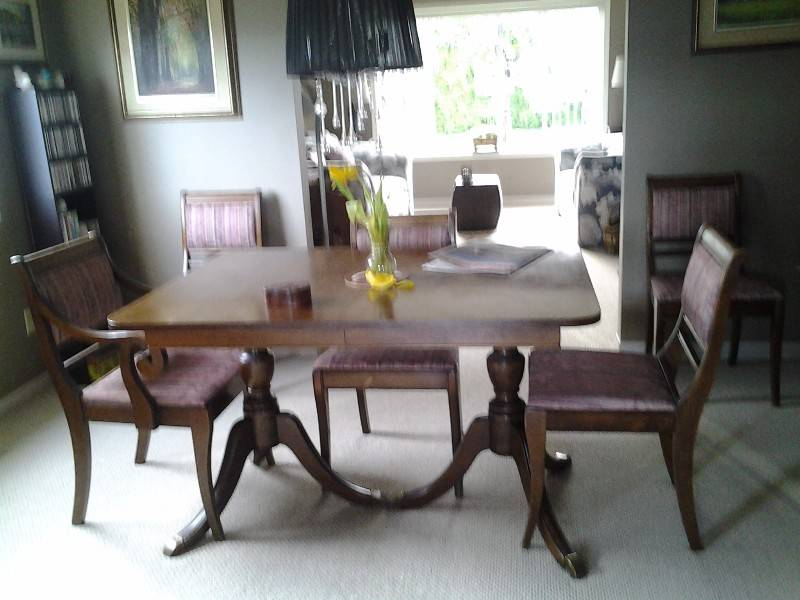 Duncan fife dining room set castanet classifieds for Duncan 5 dining room table