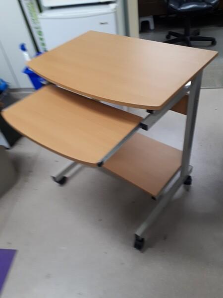 portable almond desk - Castanet Classifieds