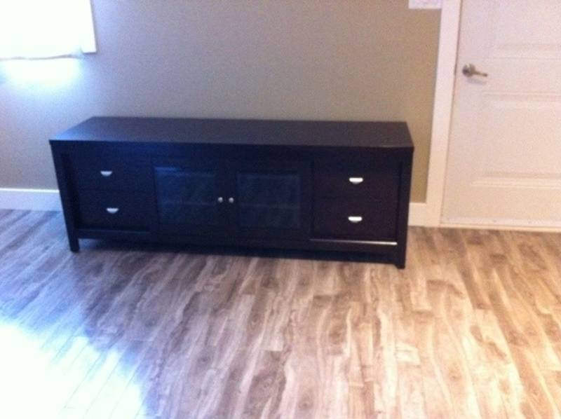 Solid Hardwood 72 Tv Stand Reduced Castanet Classifieds