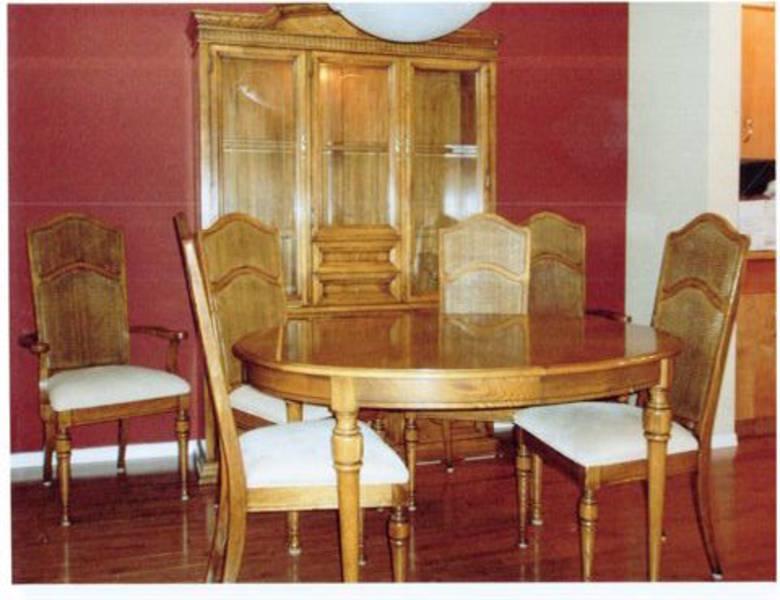 solid oak dining room set castanet classifieds