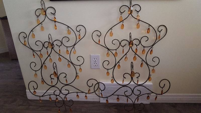 pier 1 beaded wall art castanet classifieds. Black Bedroom Furniture Sets. Home Design Ideas