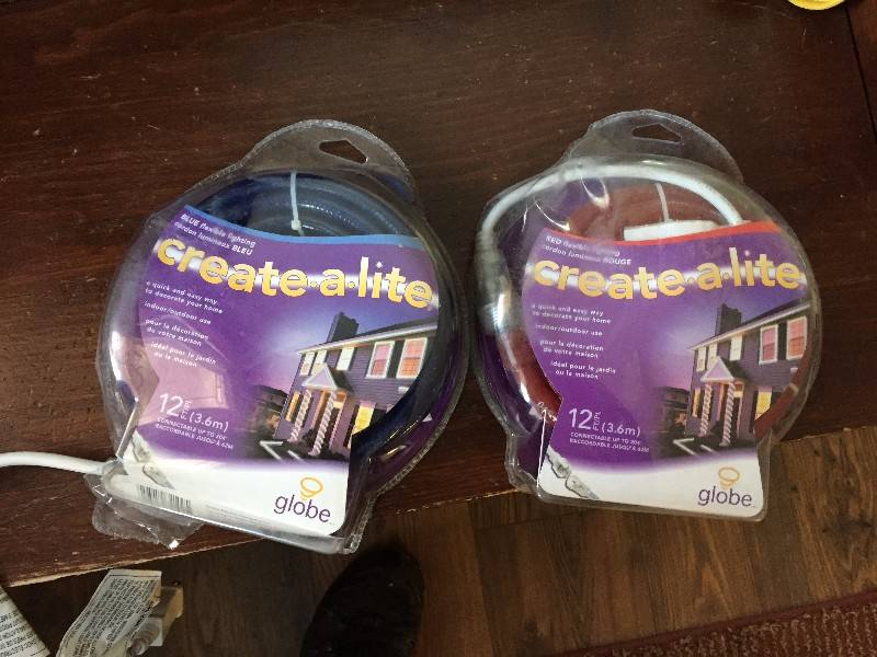 Set of two strings Christmas lights - Castanet Classifieds
